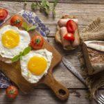 Běžné potraviny, které konzumujte obezřetně. Mohou způsobit otravu